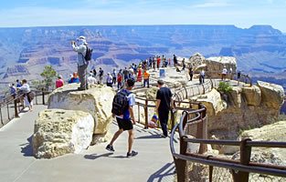 Book your discount Grand Canyon Pink Jeep Tours and South Rim Bus Tours!